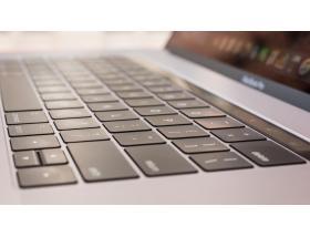 MacBook завис на яблоке - Решение