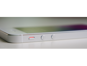 IPhone 5s не работают кнопки
